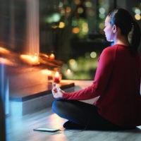 Quelle méditation du soir pour dormir profondément?